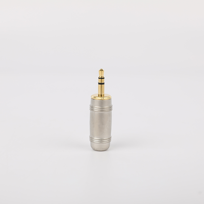 SG-3-03  3.5mm Audio Plug Gold